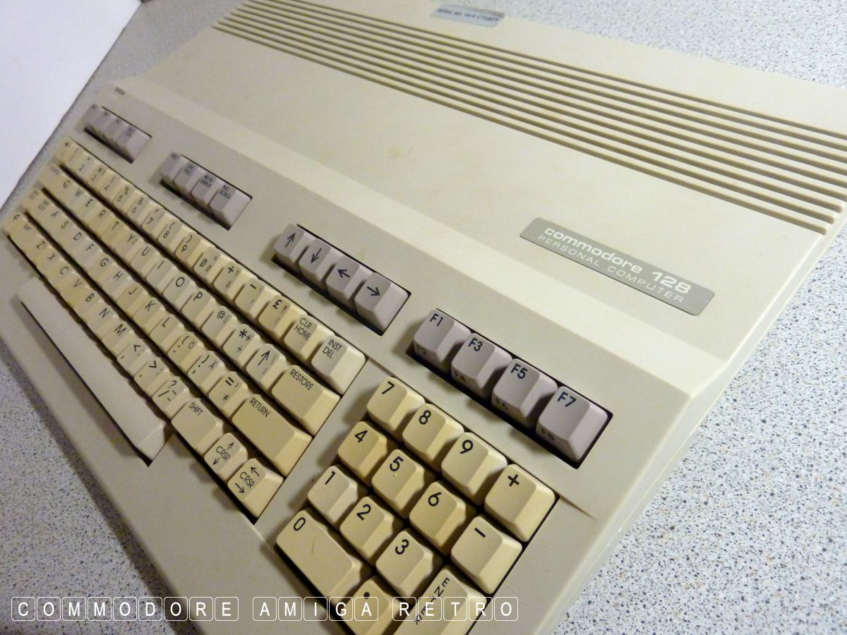 scuzzblogddecember18_1002 Commodore C128 - Outboxed Twice